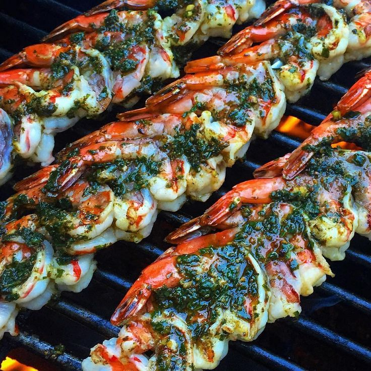 Grilled prawns with a chimichurri marinade [1080 1080]