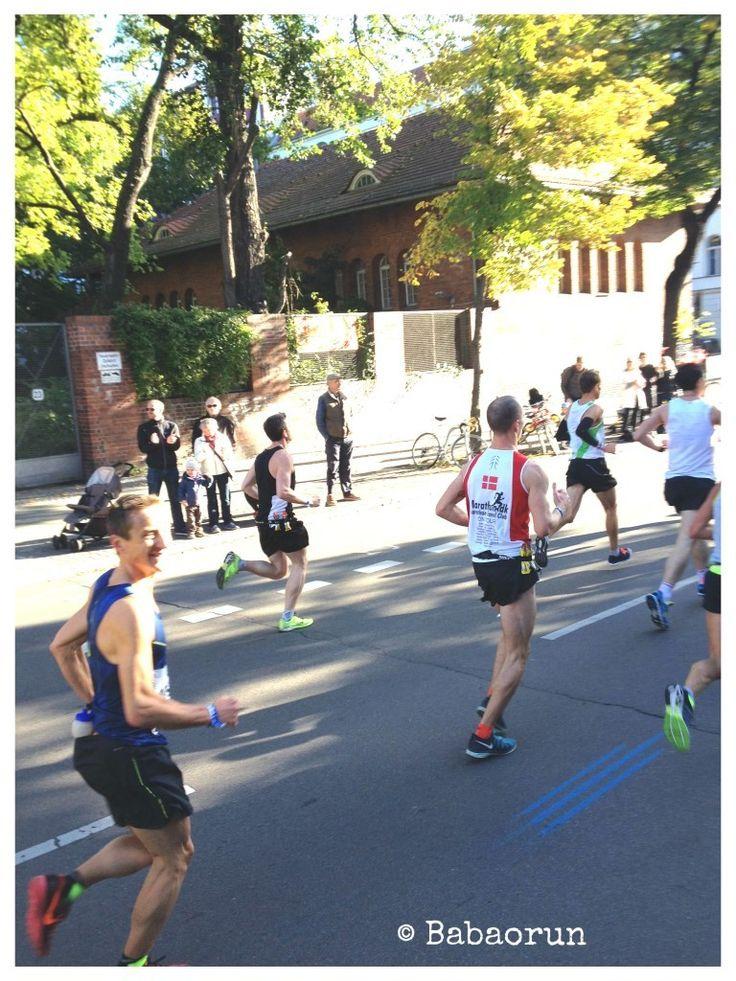 JC au km5 du marathon de Berlin. Découvrez son expérience, à 1min17 de son RP.