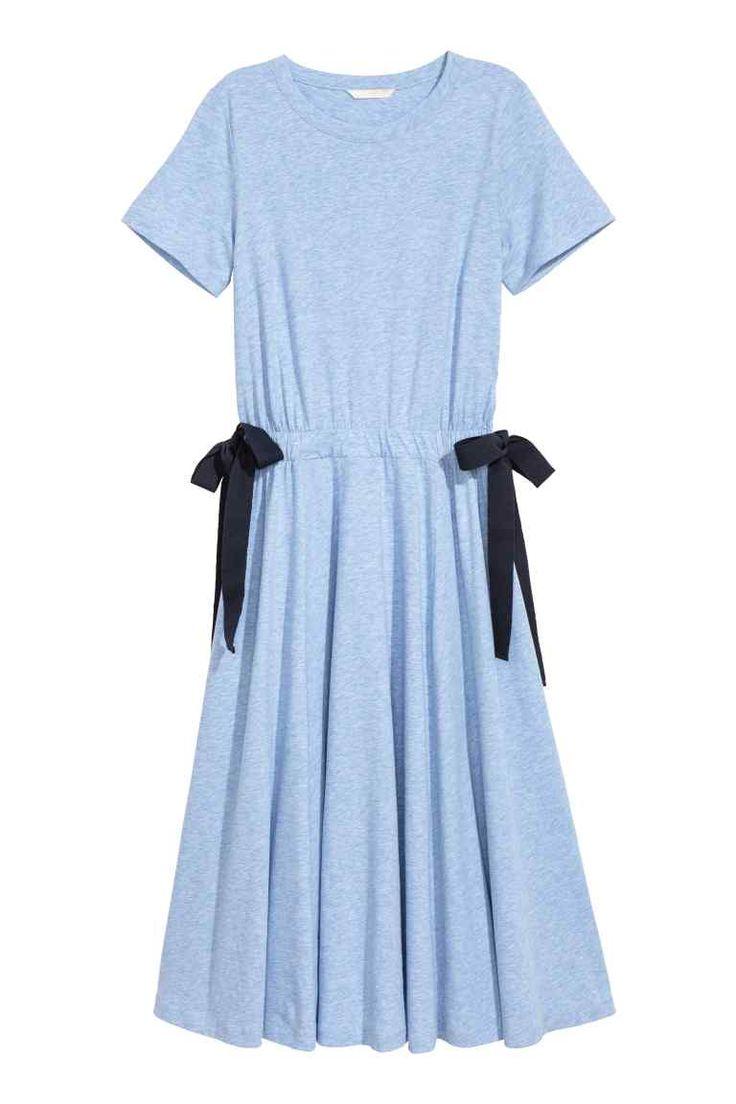 H&M NL Tricot jurk met strikbanden zwart Lichtblauw  jersey dress light pastel blue with bows black