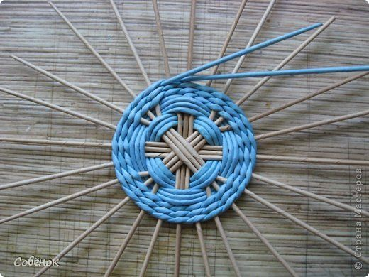 Tutorial - Мастер-класс Поделка изделие Плетение Разноцветные совята Бумага газетная Трубочки бумажные фото 25