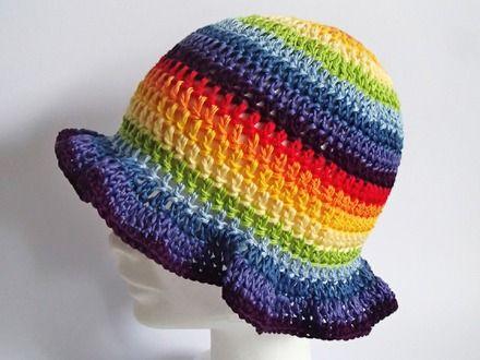 cappello estivo coi colori dell'arcobaleno  : Cappelli, berretti di mompatchwork
