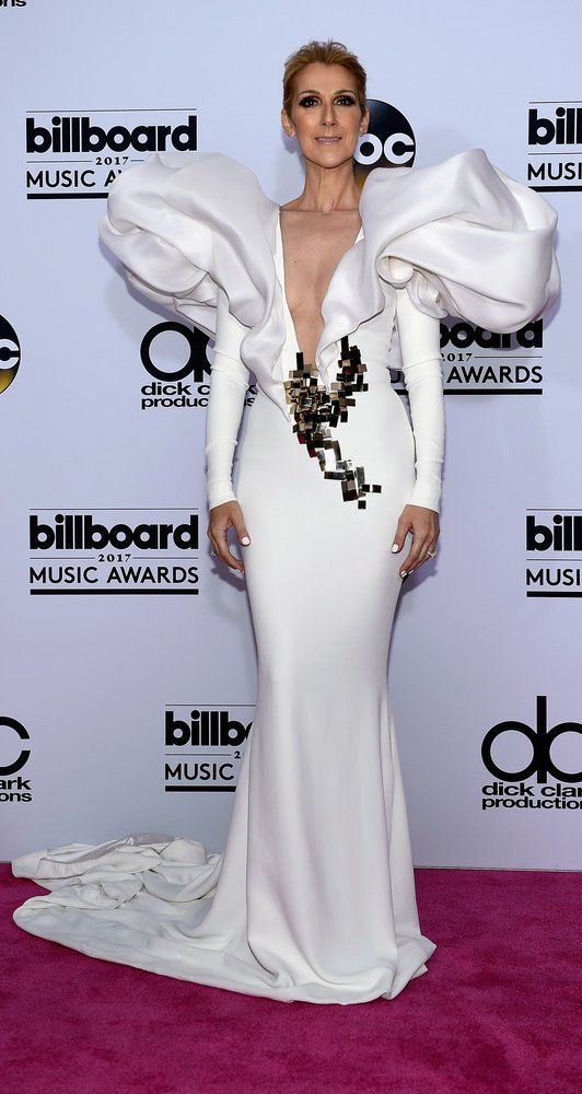 Celine Dion in Stephane Rolland  attends the Billboard Music Awards. #bestdressed