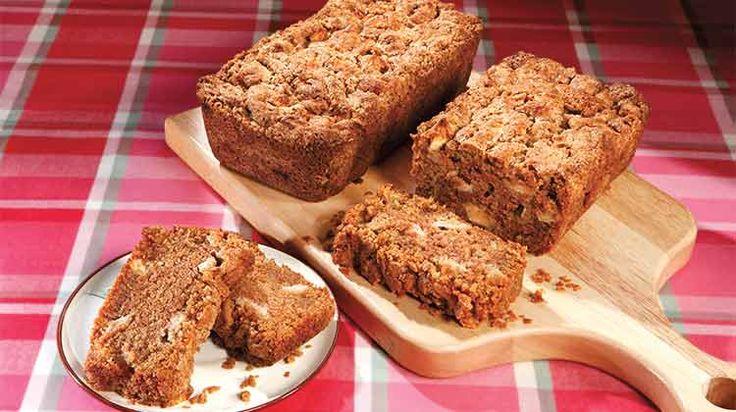 Warm apple bread for breakfast guarantees a great day.