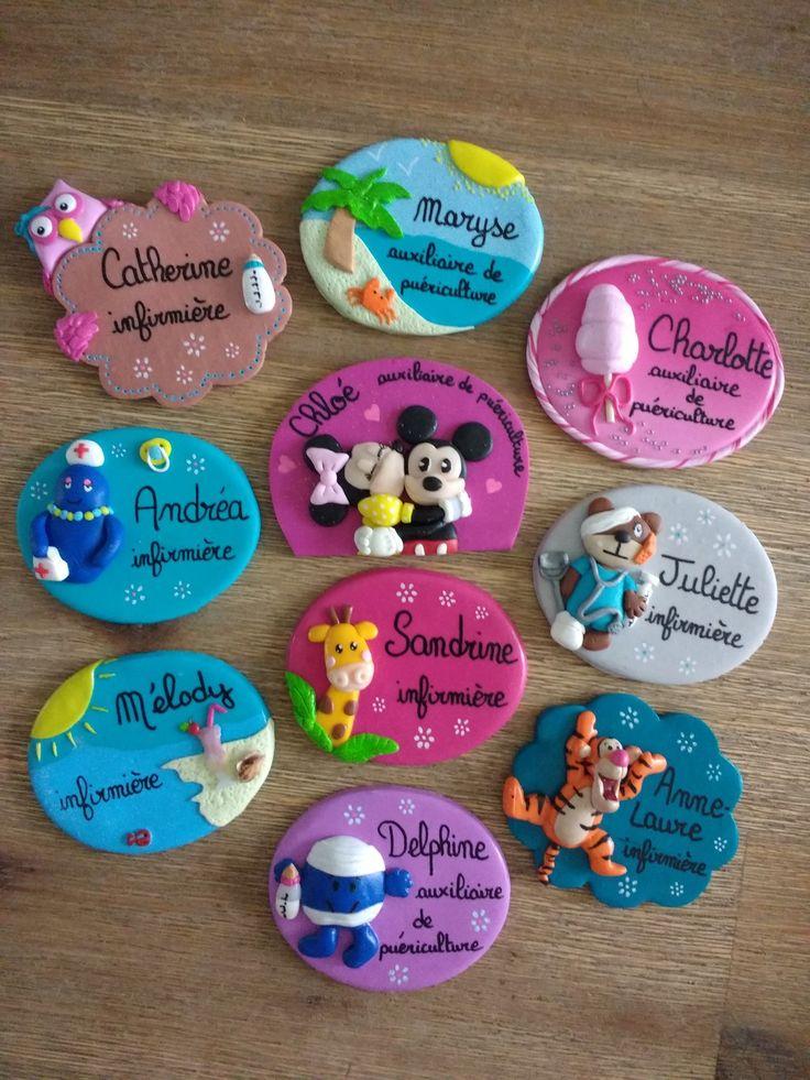 Réservé treize badges personnalisés en fimo : Pins, badges par estelle-badge-fimo