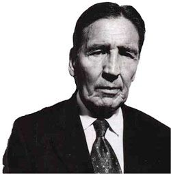 Mad Frankie Fraser. Formerly a Richardson enforcer. Latterly a Kray associate. It was the Turnmills nightclub in Clerkenwell where Frankie Fraser was shot in the head. That was in 1991 when he was 68!!  Of course he survived.