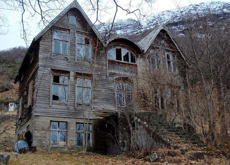 Dünya Üzerindeki Terk Edilmiş Unutulan Evler