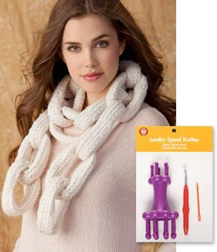 I have got to try this :) Spool Knit Chain Link Scarf Designed by Brenda Myers As seen in Jo-Ann© FASHIONfusion Magazine