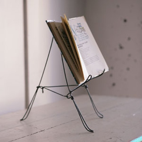 Love this as a minimalist table top displayWire Cookbooks, Cookbooks Stands, Wire Book, Book Holders, Cookbooks Holders, Haus Interiors, Book Stands, Book Design, Recipe Book