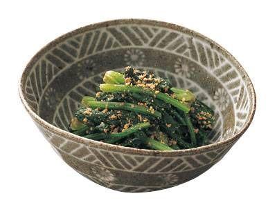 河野 雅子さんのほうれんそうを使った「減塩 ほうれんそうの ごまポン酢あえ」のレシピページです。和風副菜の定番、青菜のおひたし。ポン酢しょうゆなら、塩分はしょうゆの約半分です。すりごまをたっぷり加えると風味がでます。 材料: ほうれんそう、ポン酢しょうゆ、すりごま