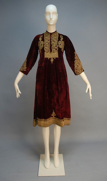 Turkish dress - front  http://whitakerauction.smugmug.com/