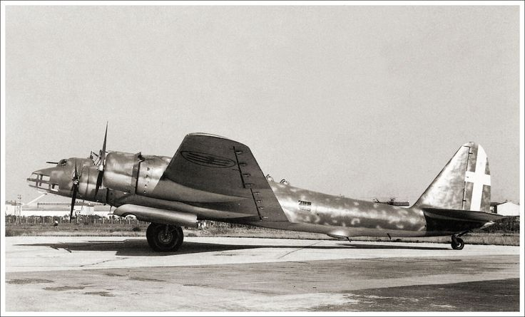 The Piaggio P.108 B was the only heavy four-engine bomber to see service with the Italian air force (Regia Aeronautica) during World War Two. Due to the lack of production capacity of the Italian aviation industry, too few were built to play a significant role in this conflict. In total Piaggio built only 163 P.108 Bs.The only unit of the Regia Aeronautica ever to fly the Piaggio P.108 B was the 274a Squadrilia Bombardamento a Grande Raggio (B.G.R.), the 274th Long-Range Bombardment Group