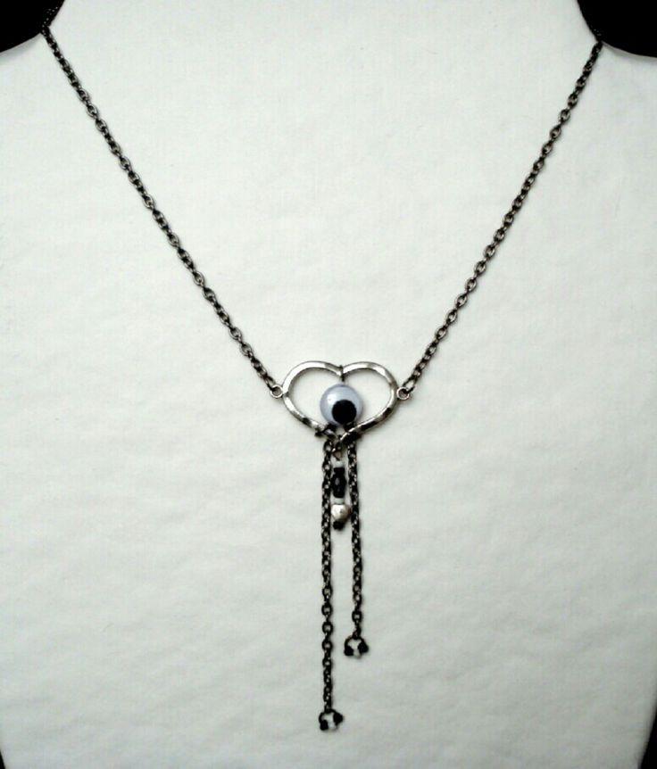 Collier pendentif Oeil et Coeur argenté, chaine métal gun, longueur réglable : Collier par ma-petite-boutik