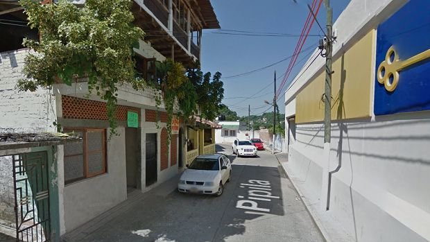 Ama de casa es balaceada en fuego cruzado en Papantla - http://www.esnoticiaveracruz.com/ama-de-casa-es-balaceada-en-fuego-cruzado-en-papantla/