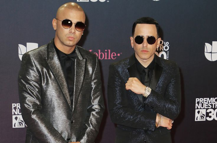 "This Week in Latin Music: Wisin & Yandel, Bad Bunny, Greeicy & More Drop New Music || COMMENTS Alexander Tamargo/Getty Images Wisin and Yandel attend Univision's 30th Edition Of ""Premio Lo Nuestro A La Musica Latina"" at American Airlines Arena on Feb. 22, 2018 in Miami. It's New Music Friday, and some of Latin music's very best brought some heat this week. Courtesy of Apple, Bad Bunny…"