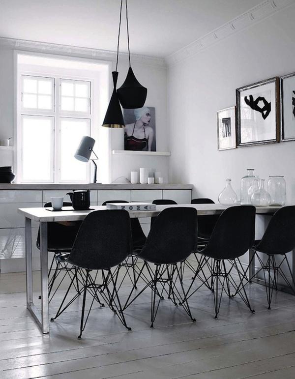 Black and white home - via Coco Lapine