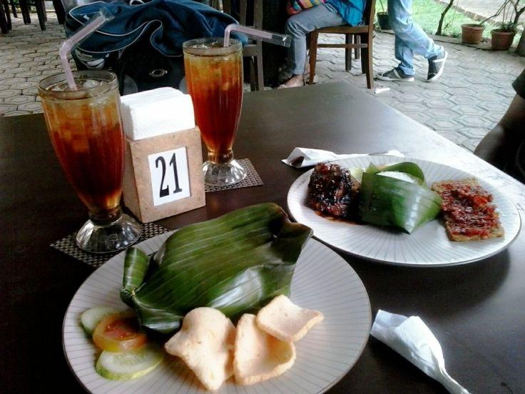 """Makan Sehat """"Sudah Teruji oleh IPB"""" di Resto Taman Koleksi IPB Bogor"""