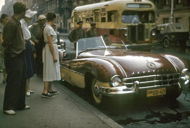 Wonderful Colour Photos of Daily Life in Leningrad, Russia in 1958
