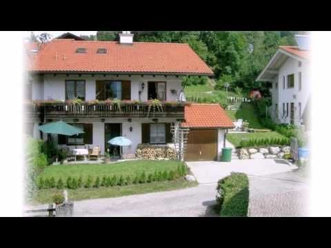 Apartment Christine 3 - Berchtesgaden - Visit http://germanhotelstv.com/christine Enjoy tranquillity and comfort in the beautiful holiday home  Christine  during your holiday in the Berchtesgadener Land. The holiday home has a large terrace with beautiful mountain views. -http://youtu.be/N9S5ouBOdrI