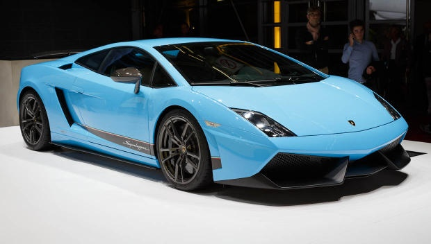 Lamborghini Superleggera (part of our 2012 Paris Motor Show mega gallery http://cnet.co/SUJnyO)