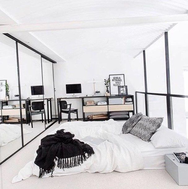 Minimalist bedroom decor - https://bedroom-design-2017.info/interior/minimalist-bedroom-decor.html. #bedroomdesign2017 #bedroom