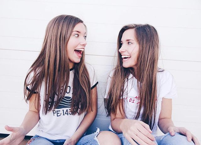 Just Accepted Twins Addi Hurst And Ally Hurst Took Over Our Instagram Story Today To Talk All About Their F With Images Top Fashion Schools Fashion Merchandising Women