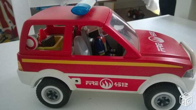 Voiture de pompier Playmobil