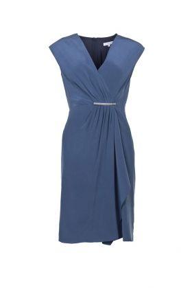 Kopertowa sukienka zapinana klamrą