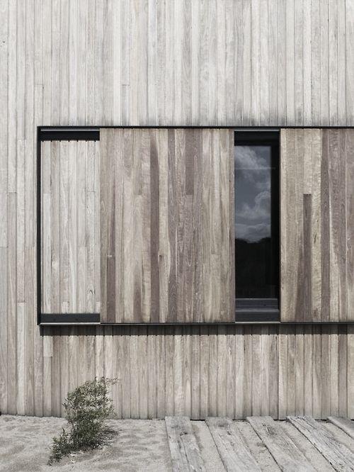 1000 id es propos de volet coulissant bois sur pinterest brise vent terr - Volets bois leroy merlin ...