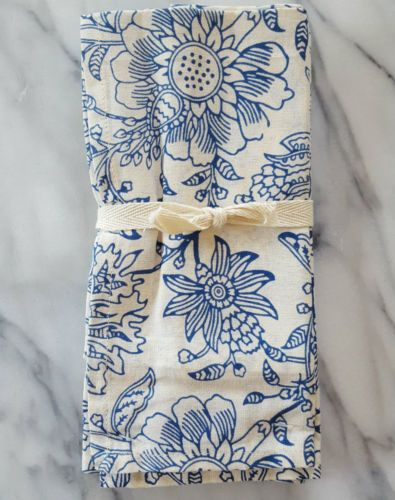 APRIL CORNELL SET 4 COTTON NAPKINS Blue & White Floral Naturally Beautiful