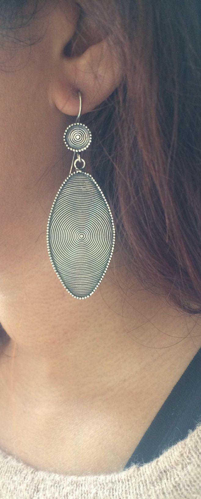 Long drop swirl earrings #silverearrings #swirldesign #longdropearrings #longdrop #handmade  Shop at www.etsy.com/au/shop/ChrisRoseBijoux