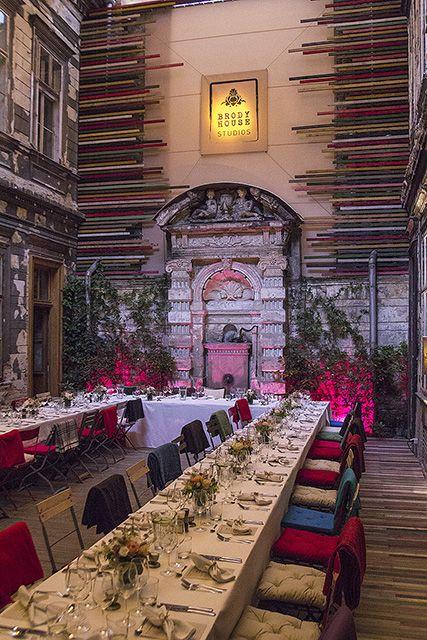 Budapest wedding @BrodyStudios