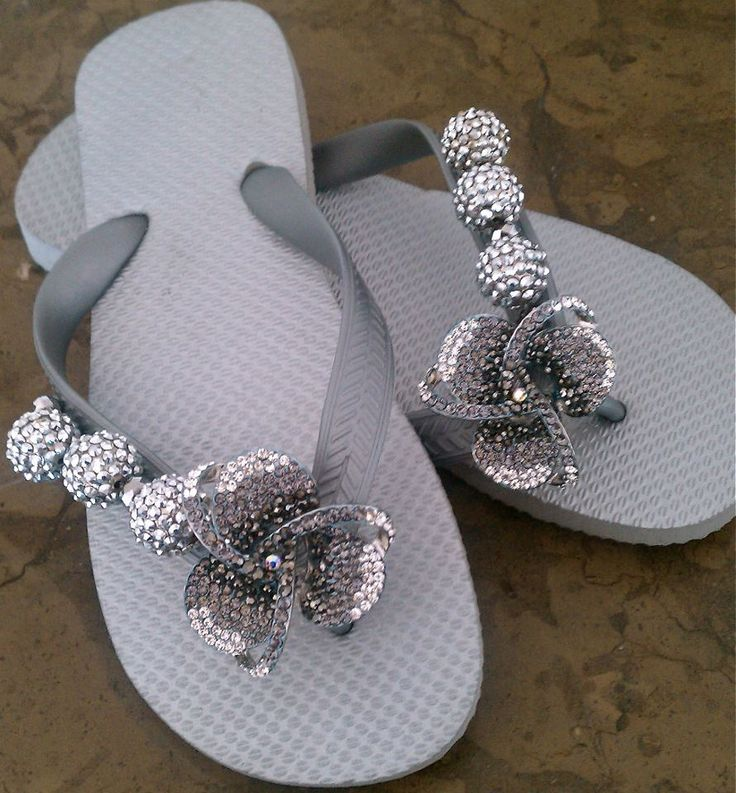 Silver stealth!  Flipinista, your BFF (Best Flip FLop)  Registered Trademark <3