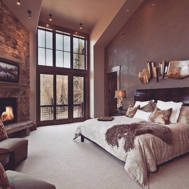 love this rustic log cabin feel/ look. Need to find a brown fur throw blanket like that