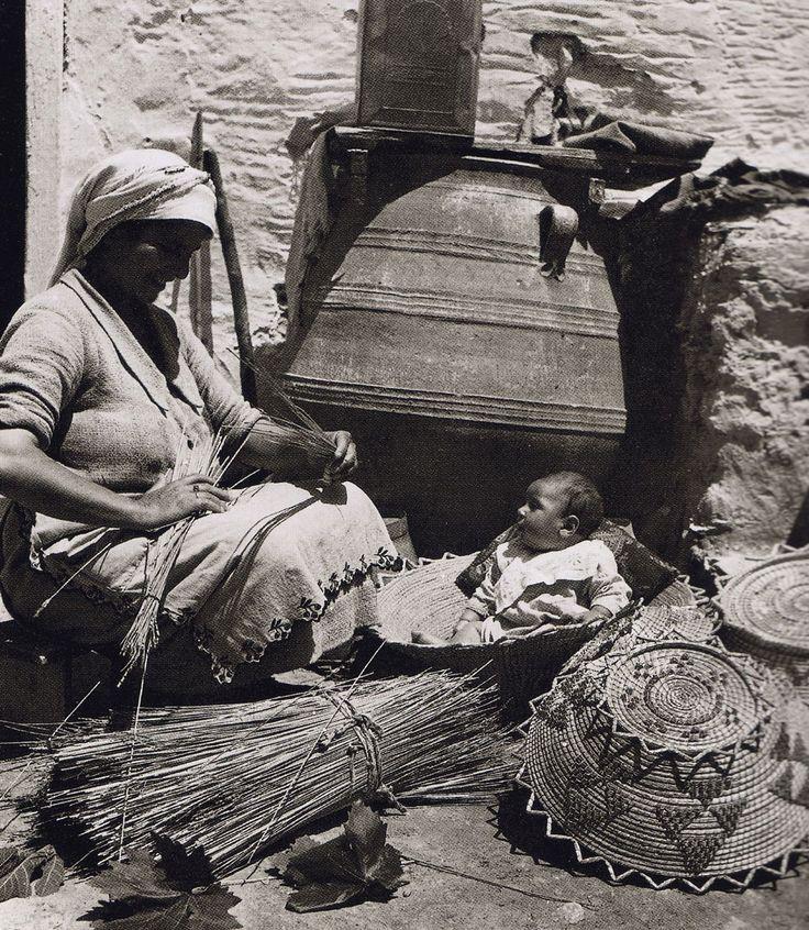 """Μεσσαρά, 1939-Πανέρια Nelly """"s"""
