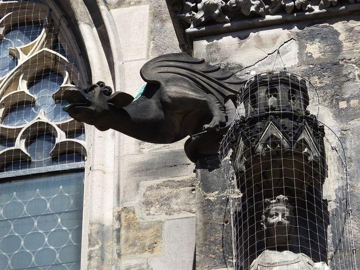 Горгулия в соборе Святого Себальда в Нюрнберге.