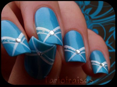 This would be a great one to do on mom's nails. Simple and elegant.
