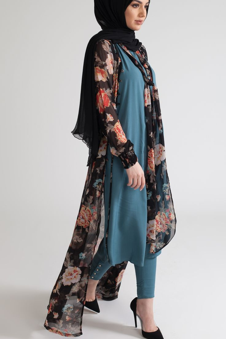 Hellebores Kimono