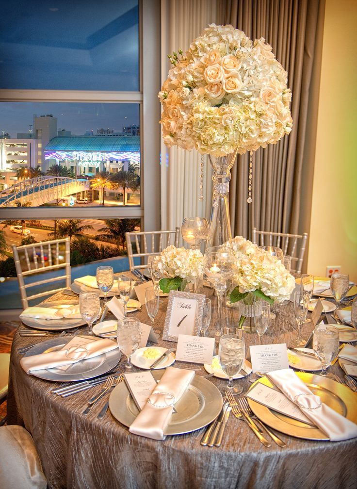 Best 368 event decor ideas on pinterest birthdays ideas para tall and low white hydrangea centerpieces junglespirit Image collections