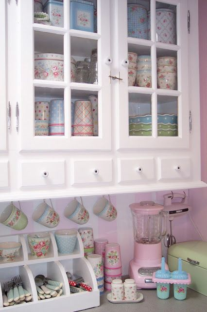 Best 25 shabby chic kitchen ideas on pinterest shabby - Mobiletto cucina shabby ...