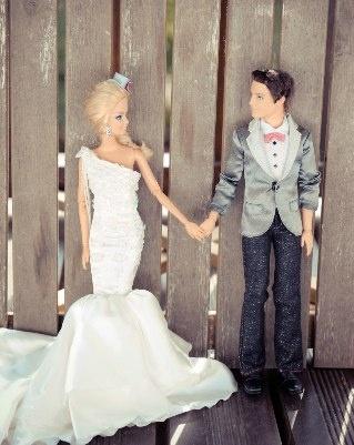 Barbie and Ken Say 'I Do' to Wedding Photo Clichés [PICS]
