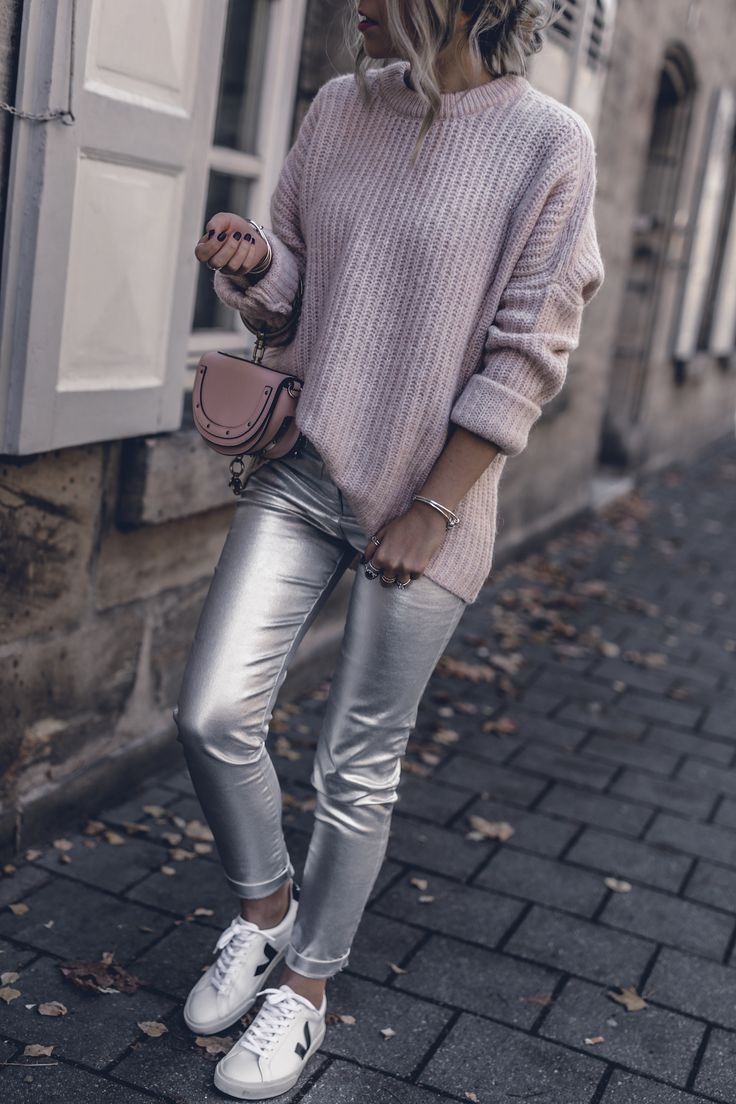Silver Metallic Pants, Pink Cozy Sweater, Chloe Nile, Outfit Fall 2017, Street Style, Blogger Style, Casual, Veja Sneakers, seen on Jecky from WantGetRepeat.com