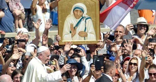 Vatikan Nyatakan Bunda Teresa Sebagai Orang Kudus