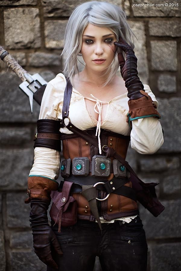 Character: Cirilla Fiona Elen Riannon (aka Ciri) / From: Andrzej Sapkowski's 'The Witcher' Short Stories and Novels & CD Projekt RED's 'The Witcher' Video Game Series / Cosplayer: Ladee Danger / Photo: Joseph Chi Lin (2015)