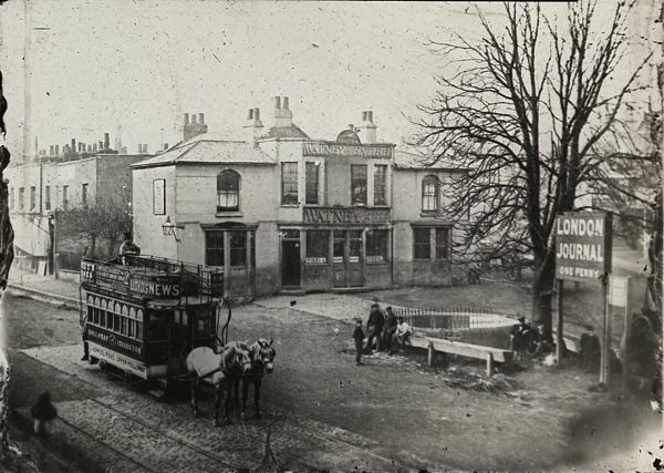 A192 The Archway Tavern Highgate .