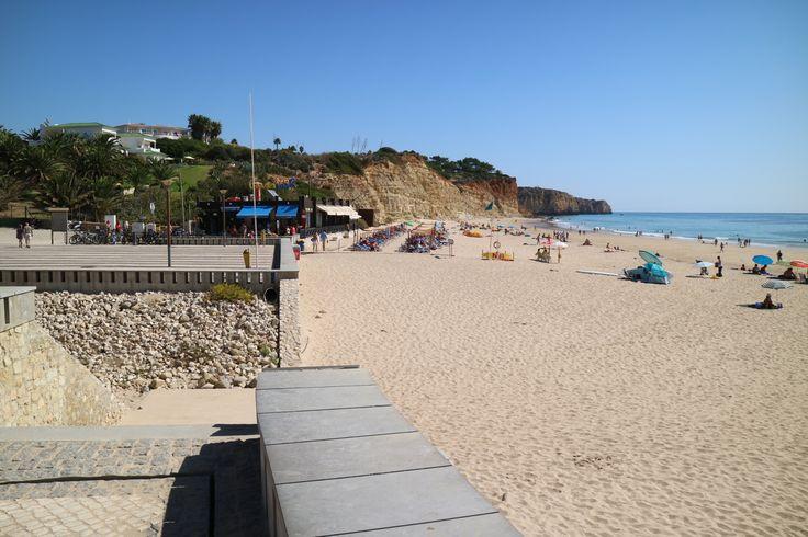 Praia do Porto de Mós > Algarve > Portugal