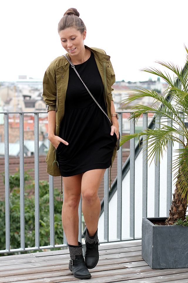 OUTFIT: the little black dress gone daytime