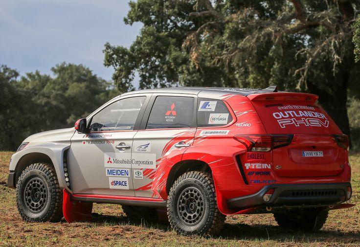 Mitsubishi Outlander PHEV Baja Race Car '2015