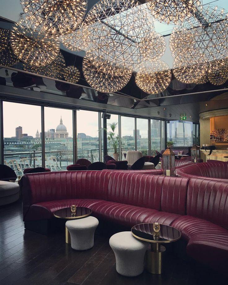Lobby Interior Design: 25+ Best Ideas About Hotel Lobby Design On Pinterest
