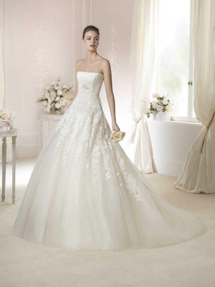 Открытое свадебное платье А-силуэта TRIANA от White One 2015