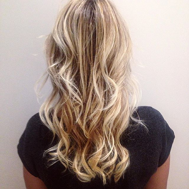 #haircolor #coloriste #paris #blonde #balayage #lumiere #cheveux #coiffure